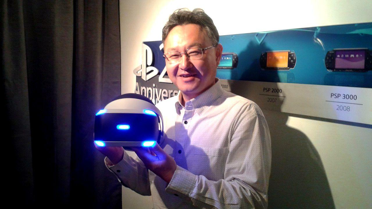 Microsoft snobba i giochi VR? Shuhei Yoshida di Sony ironizza sulle parole di Phil Spencer
