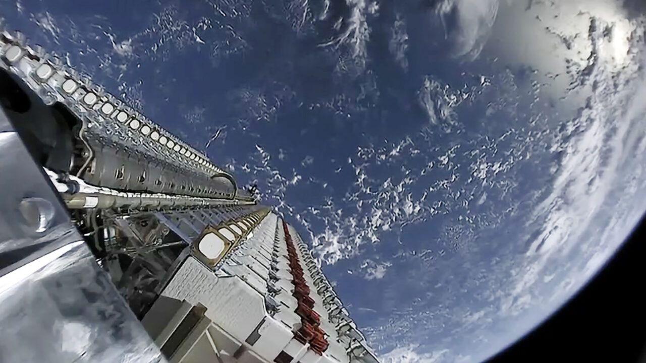 Missione Starlink 12: partirà stasera con molte componenti riutilizzate, meteo permettendo