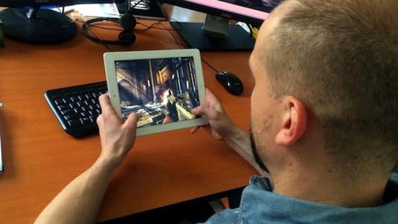 Modern Combat 5 Blackout uscirà anche su PC e Windows Phone