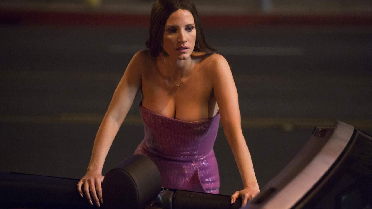Molly Bloom, la storia della sexy regina del poker fra Leonardo DiCaprio e Tobey Maguire