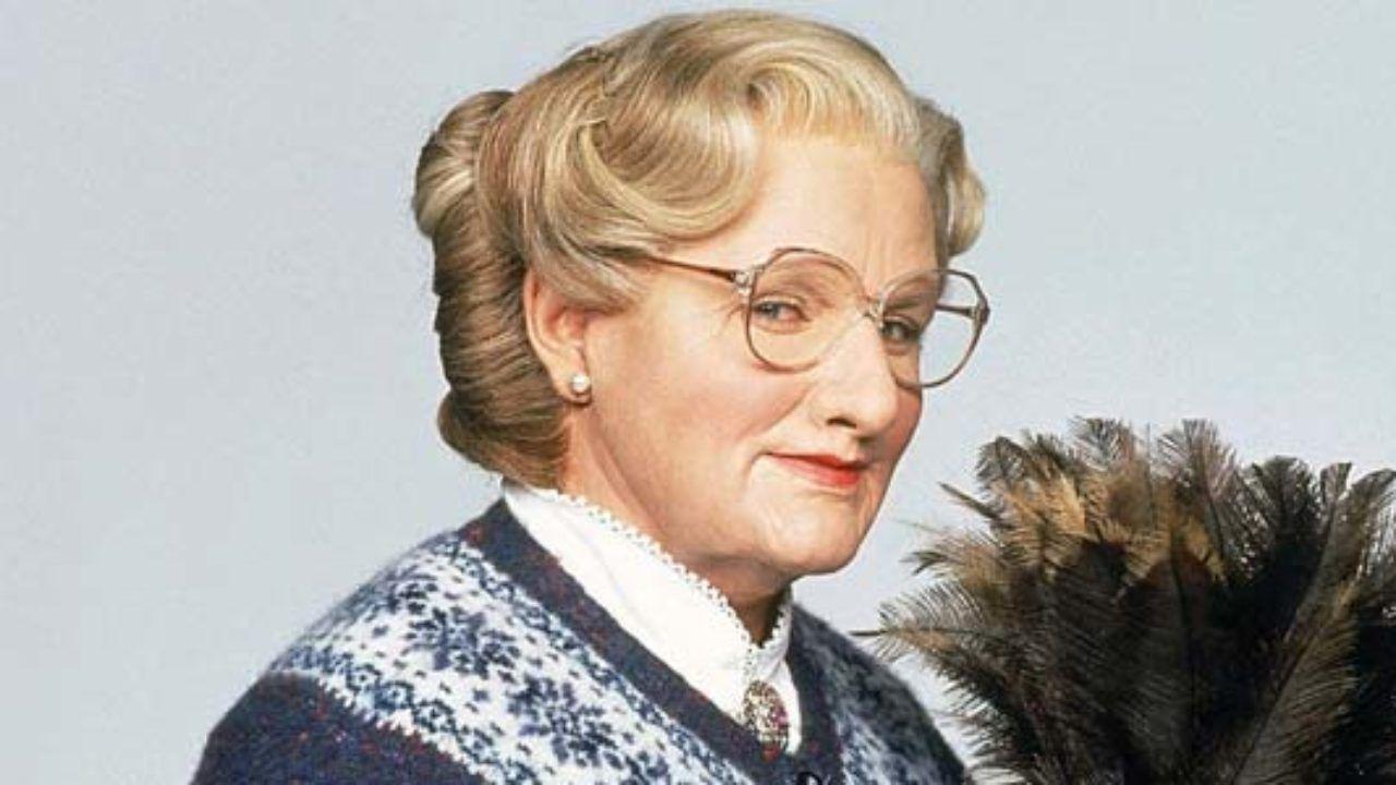 Mrs. Doubtfire, Robin Williams fece quasi vomitare l'intero cast: ecco come
