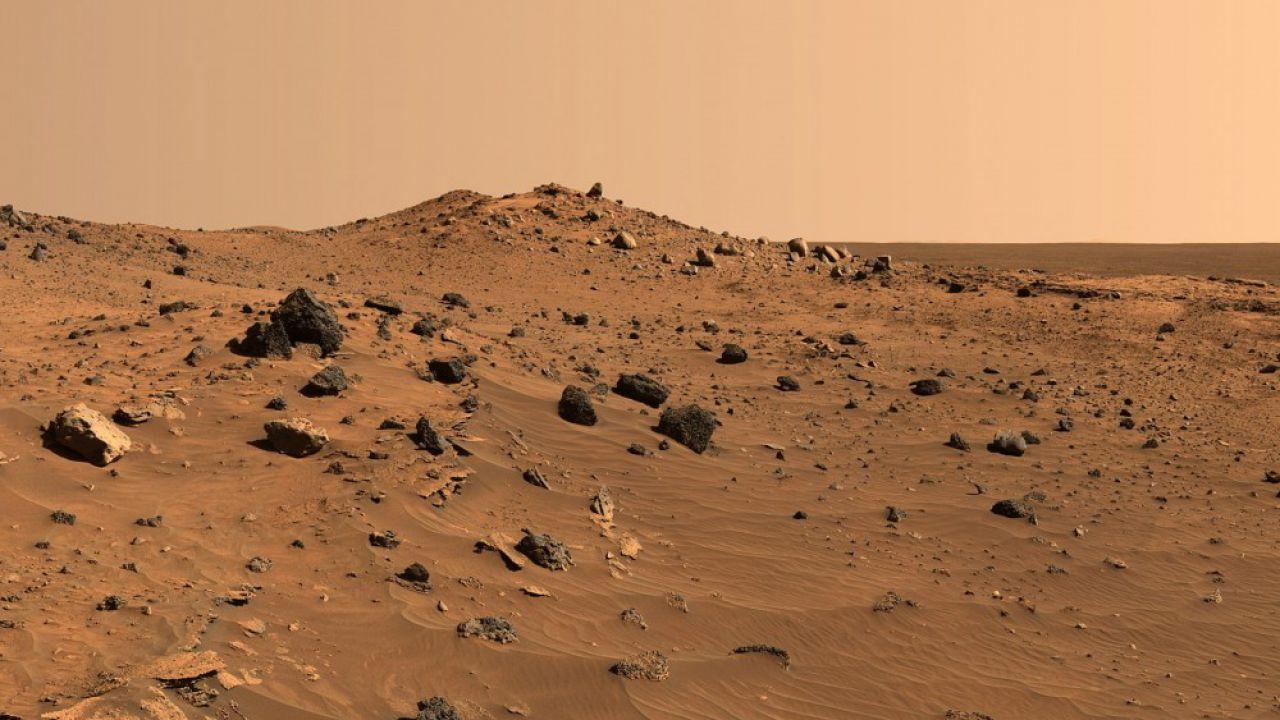 NASA: il robottino Curiosity scatta la prima foto a 360° su Marte