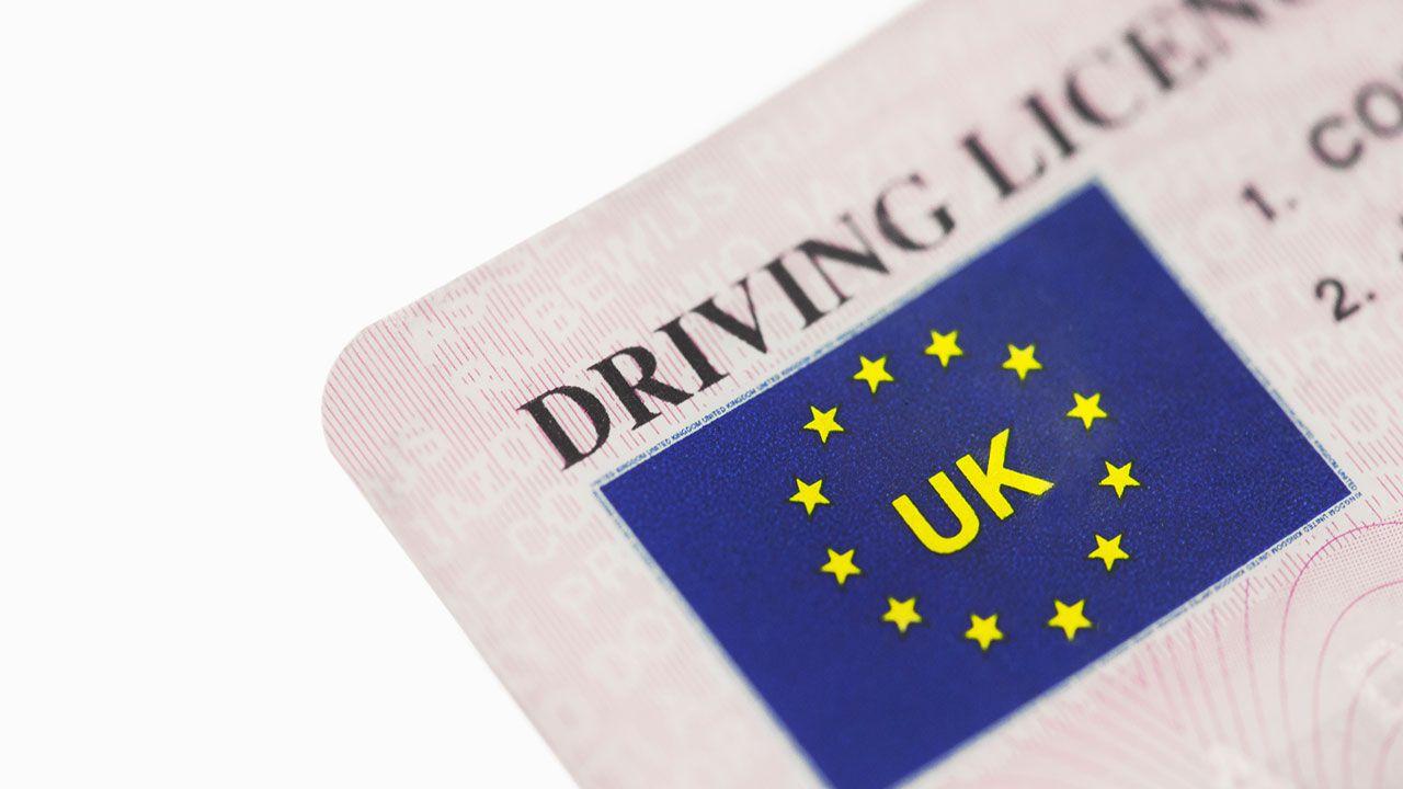 Nel Regno Unito la patente di guida diventa digitale, attiva dal 2018