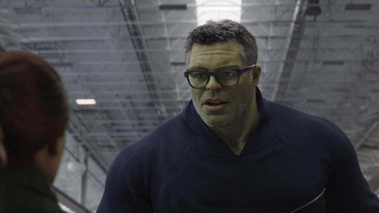 Nella sceneggiatura di Avengers: Endgame Hulk è descritto come una celebrità della scienza