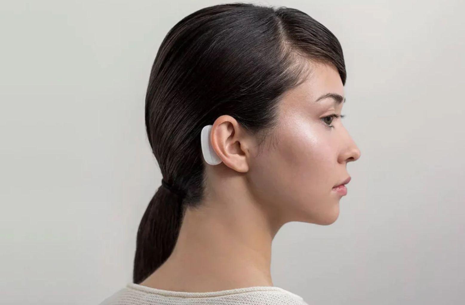 """Neuralink di Musk """"battuta"""" da un'altra società: FDA approva sperimentazione su umani"""