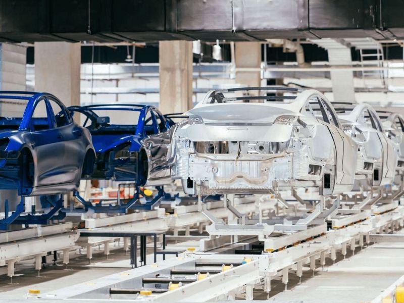 Non comprate le Tesla appena uscite, parla un ex manager di Elon Musk