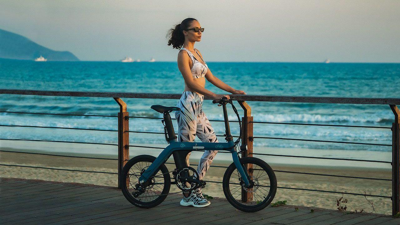 Nuova Fiido D11, la bici elettrica ultra leggera con 100 km di autonomia