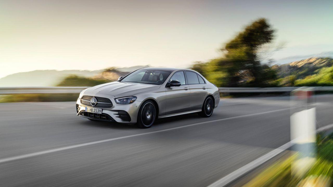 Nuova Mercedes-Benz Classe E: il bestseller della stella diventa ibrido plug-in