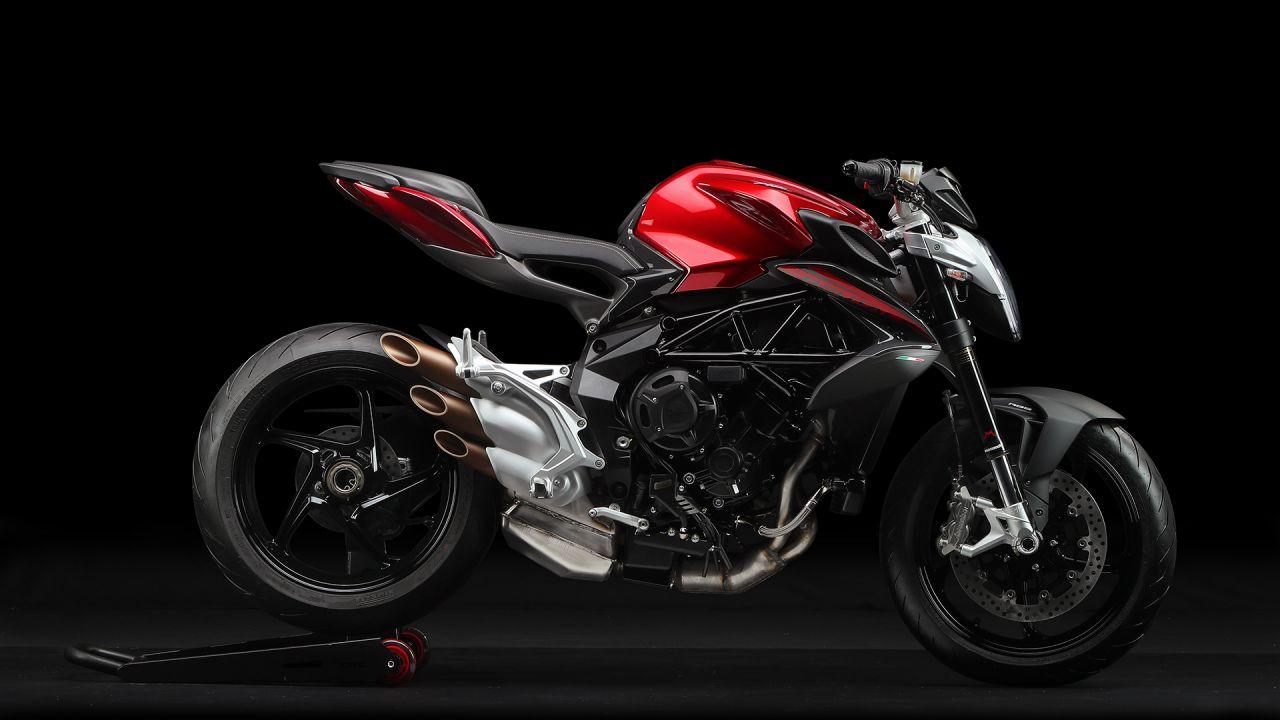 Nuove MV Agusta Brutale 800 e F3 675, moto 35 kW per la patente A2