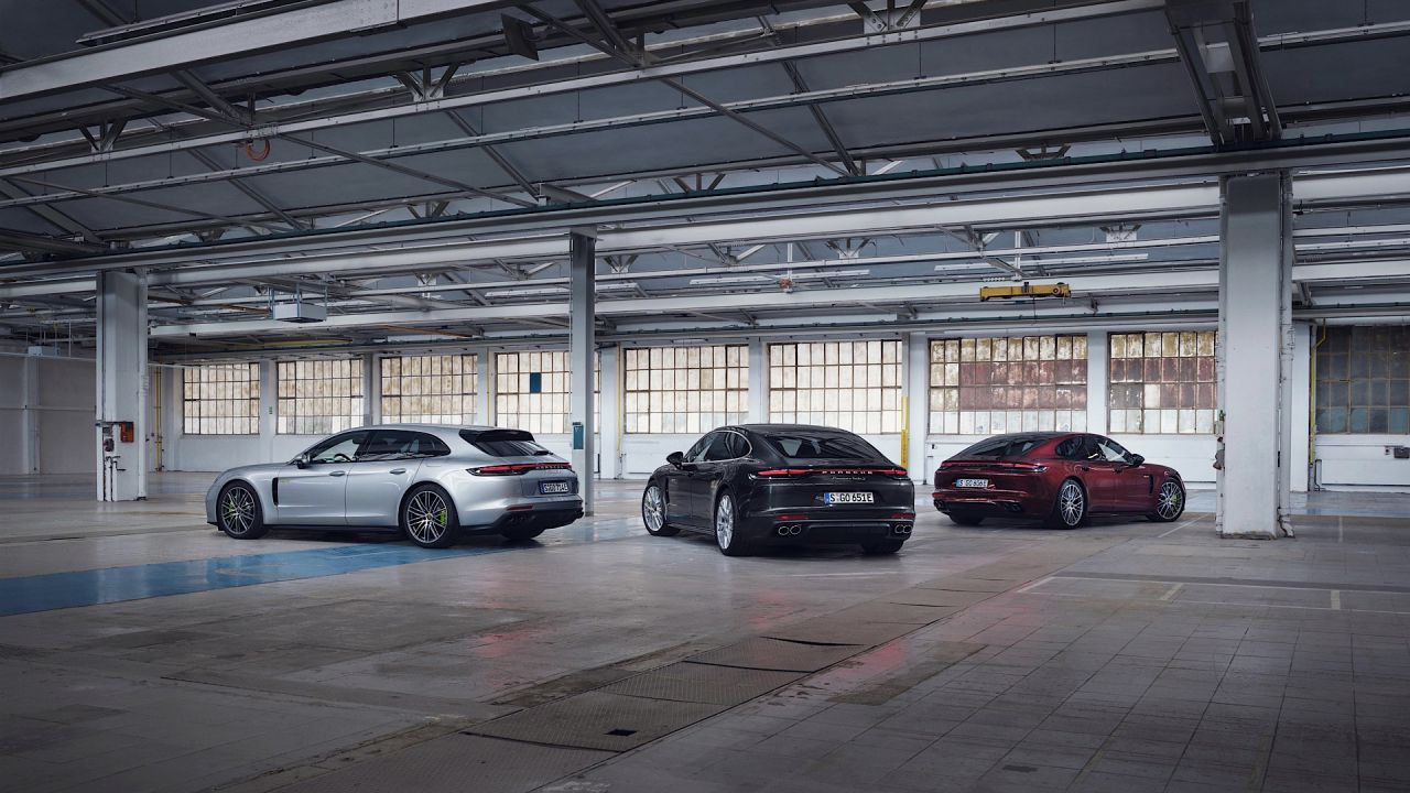 Nuove Porsche Panamera E-Hybrid 2020 fino a 700 CV: i prezzi italiani
