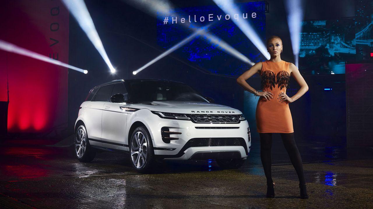 Nuovo Range Rover Evoque: il SUV compatto fa il pieno di tecnologia