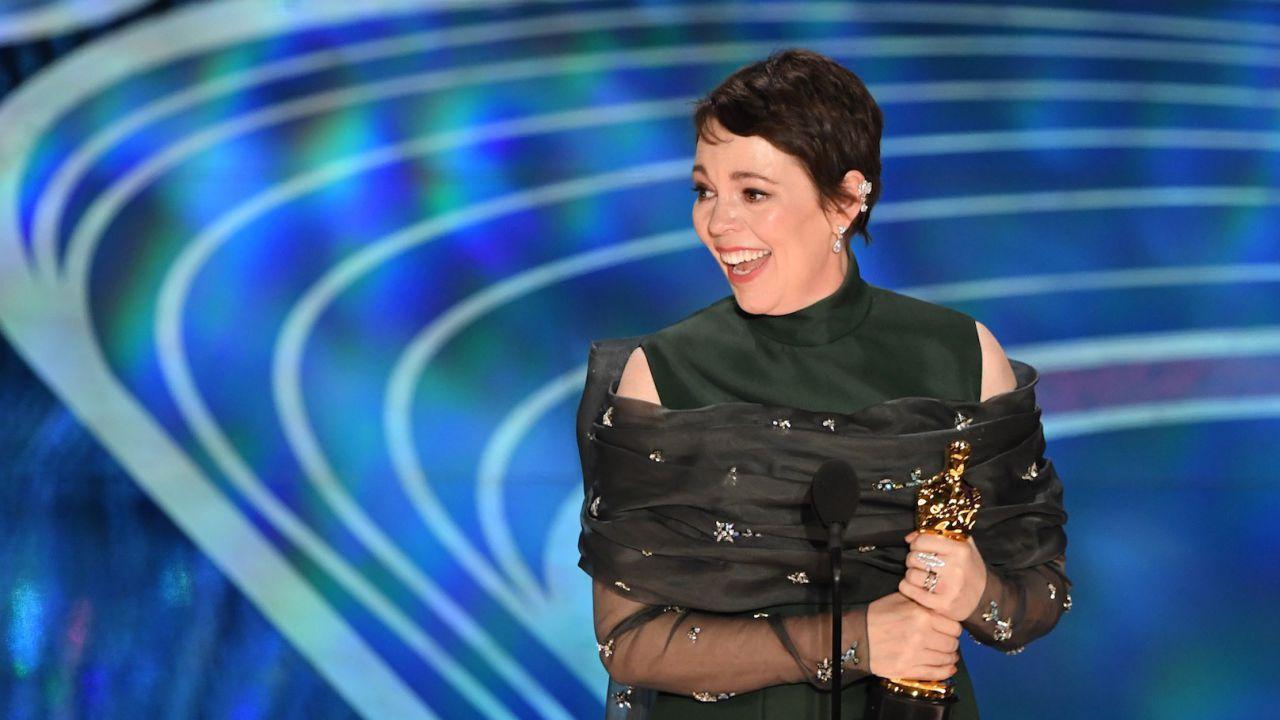 Olivia Colman rivela: 'Ero talmente ubriaca da non ricorda nulla degli Oscar 2019'