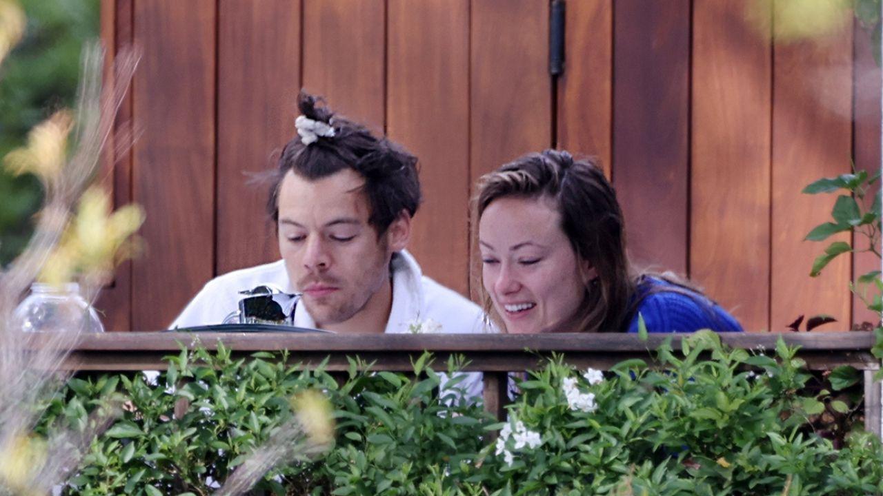 Olivia Wilde, gli hatar l'attaccano per la sua relazione con Harry Styles
