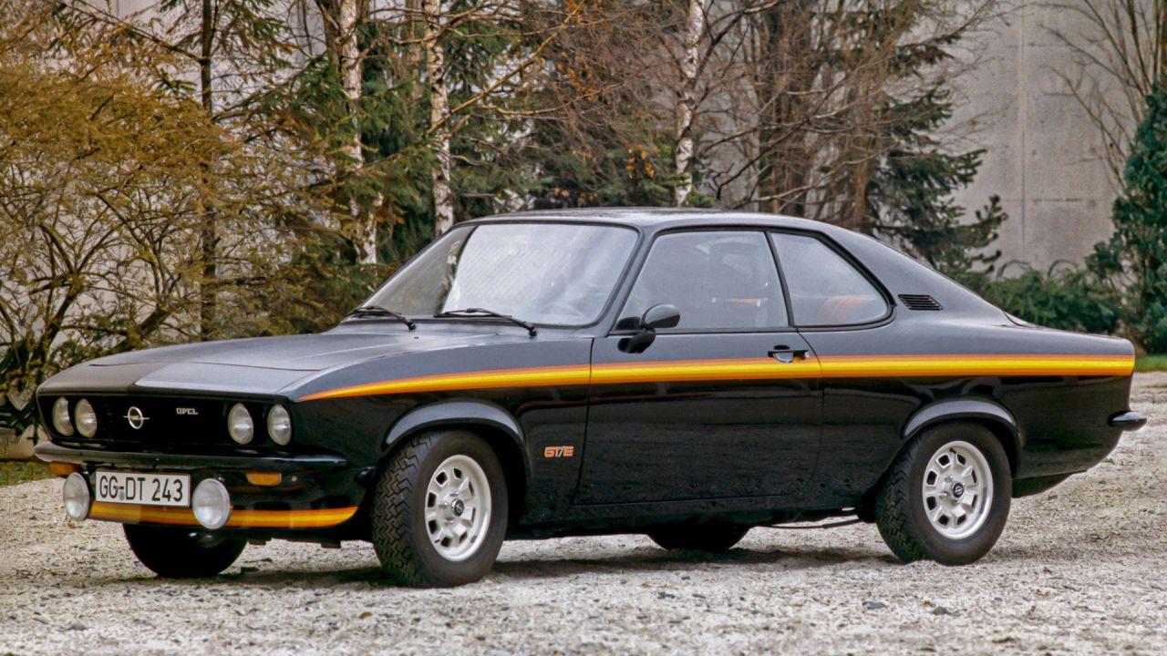 Opel celebra il cinquantesimo anniversario dal debutto dell'iconica Manta