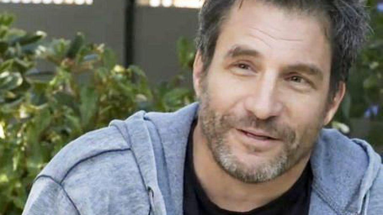 Ordinary Joe: il pilota della nuova serie di NBC sarà diretto da Adam Davidson