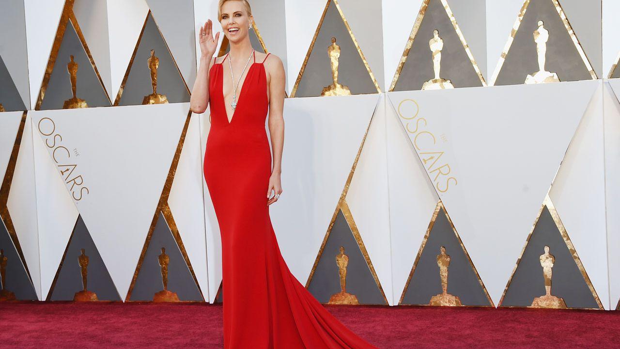 Oscar 2016: le star sul red carpet