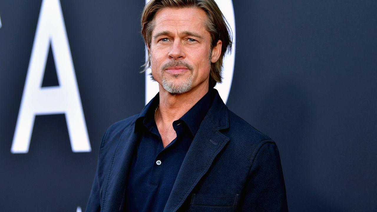 Oscar 2020: Brad Pitt indossa una targhetta per farsi riconoscere al pranzo dei nominati