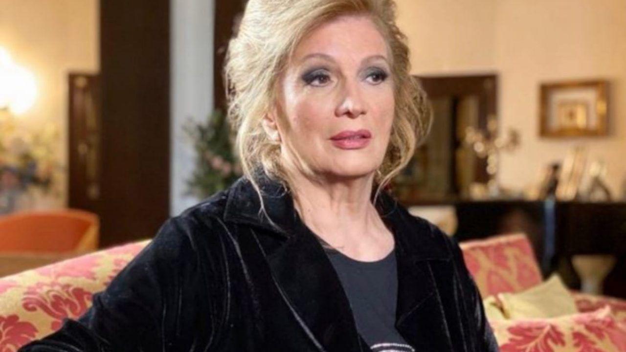 Paura per Iva Zanicchi: la cantante positiva al Covid ricoverata in ospedale