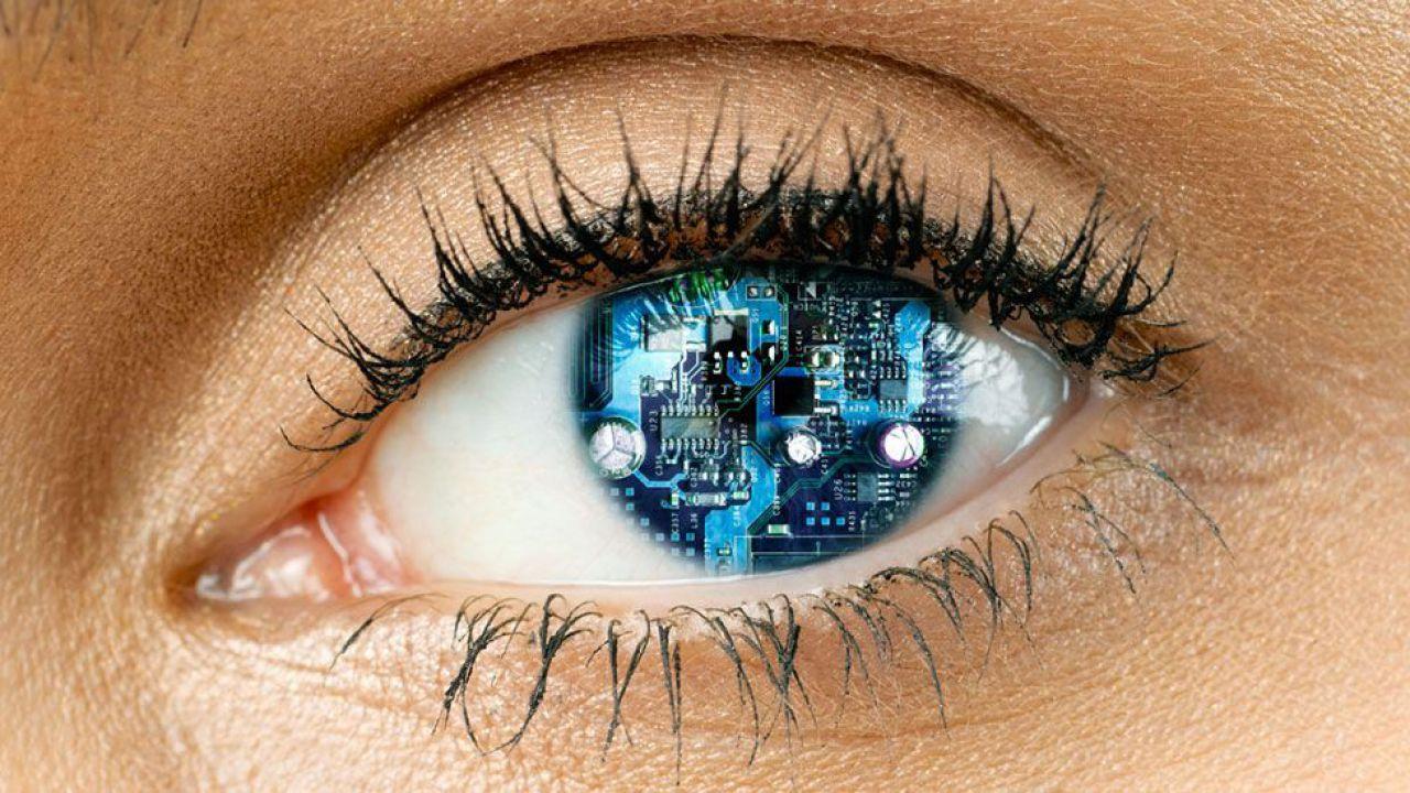 Per la prima volta nella storia i medici impianteranno il primo occhio bionico nell'uomo