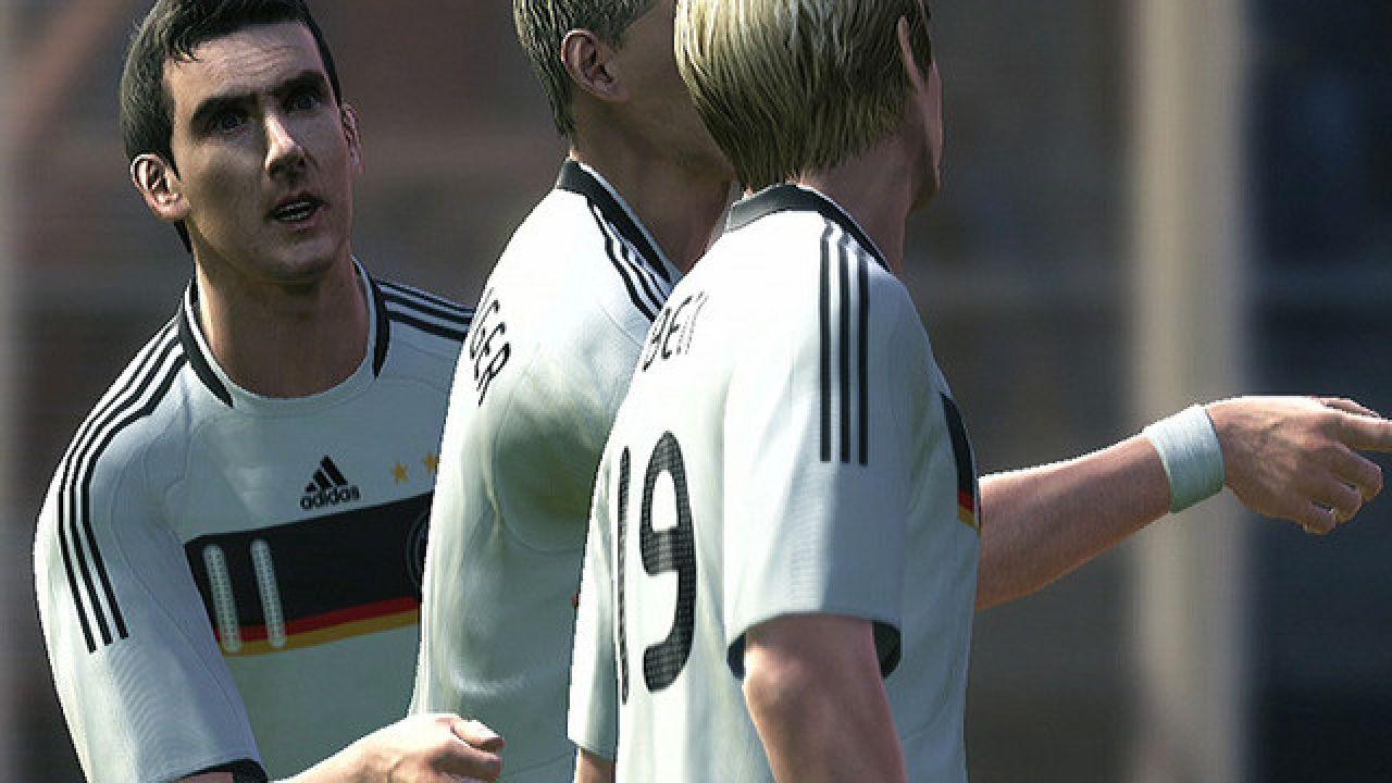 PES 2010, Konami annuncia un nuovo DLC sui Mondiali di Calcio 2010
