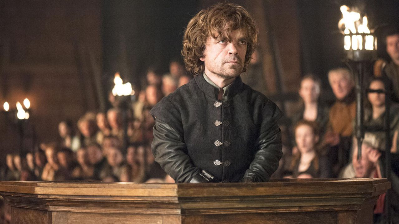 Peter Dinklage di Game of Thrones porta a casa un Emmy Award