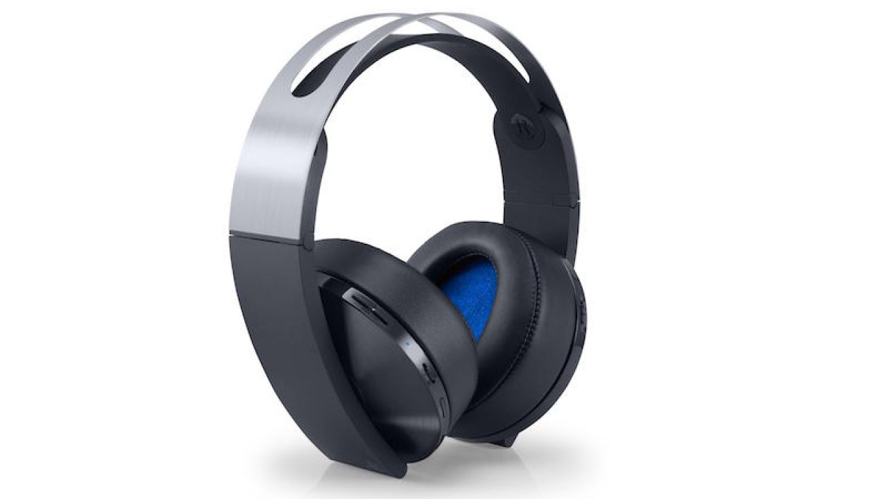 PlayStation 4: Amazon svela la data di lancio del Platinum Wireless Headset?