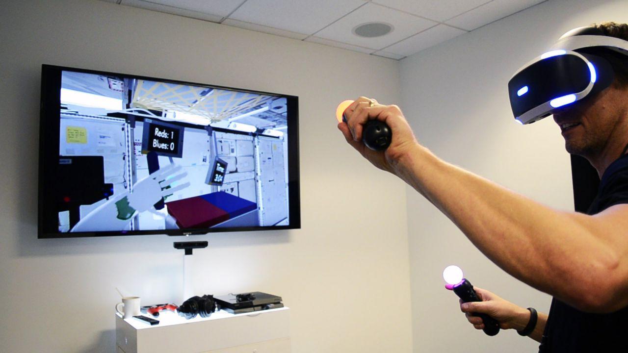 PlayStation VR avrà un controller a forma di guanto? Sony registra un brevetto