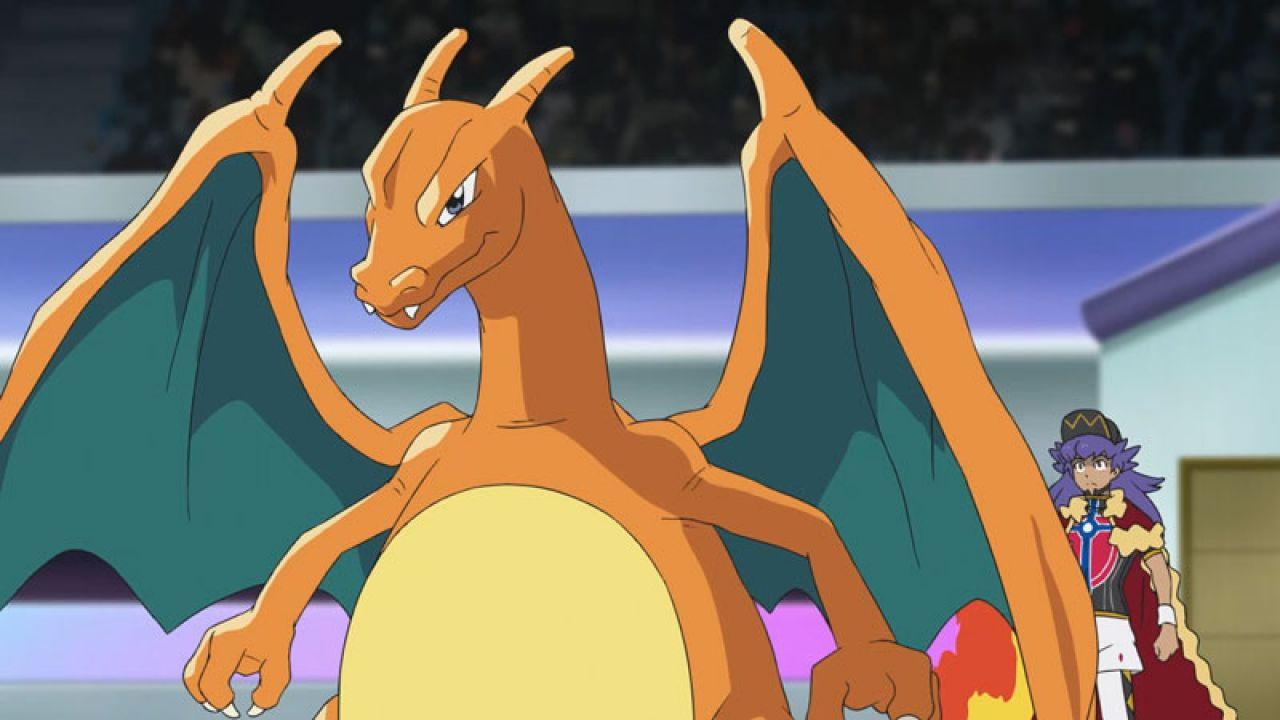 Pokémon incontra Spyro: una fanart trasforma Charizard nel draghetto viola