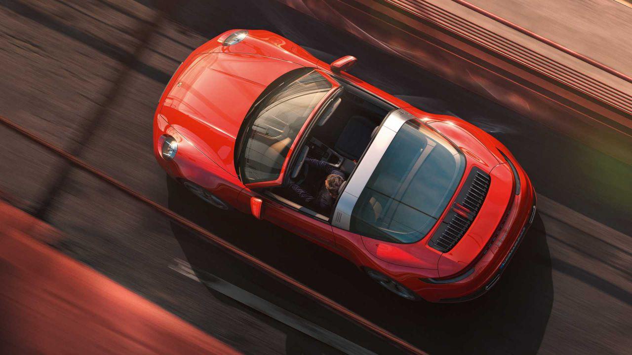 Porsche in difficoltà con lo sviluppo della 911 ibrida: ecco perché