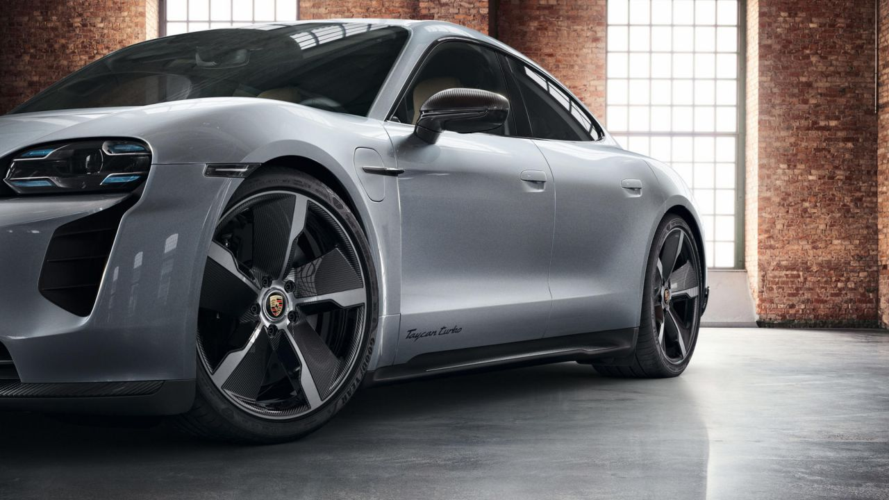 Porsche ha già piazzato 15.000 Taycan, i numeri delle elettriche del Gruppo VW