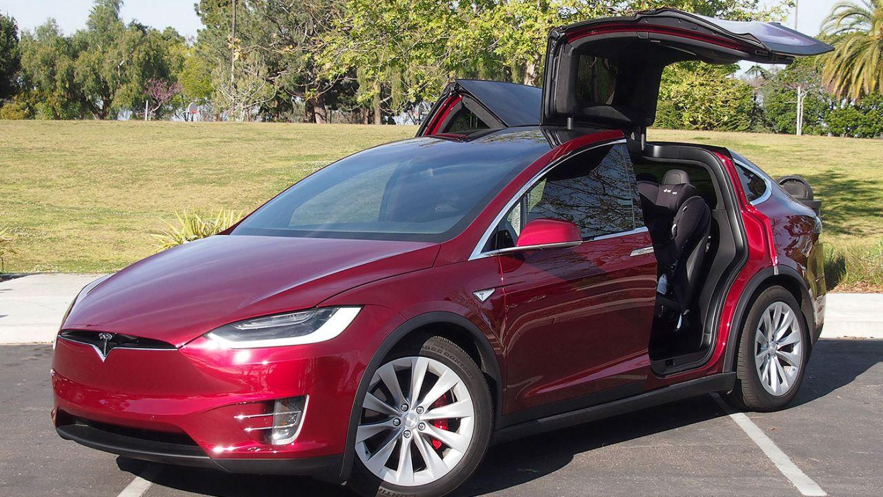 Tesla Model 3, record assoluto con 276.000 ordini in tre giorni