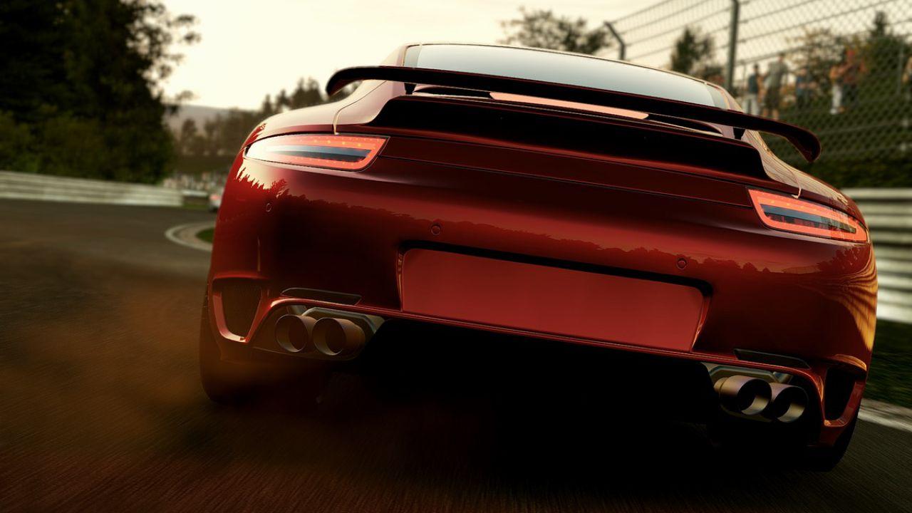 Project CARS resiste al primo posto della classifica inglese