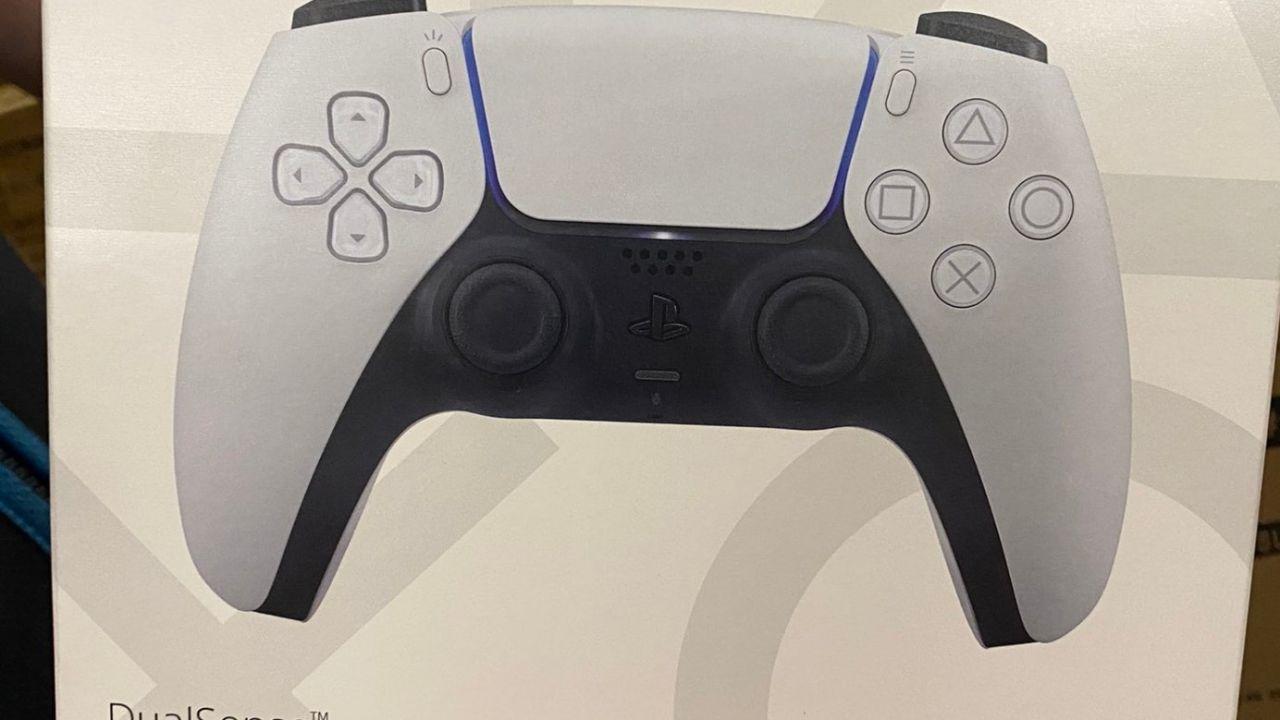 PS5, in attesa della console: primi avvistamenti per il DualSense