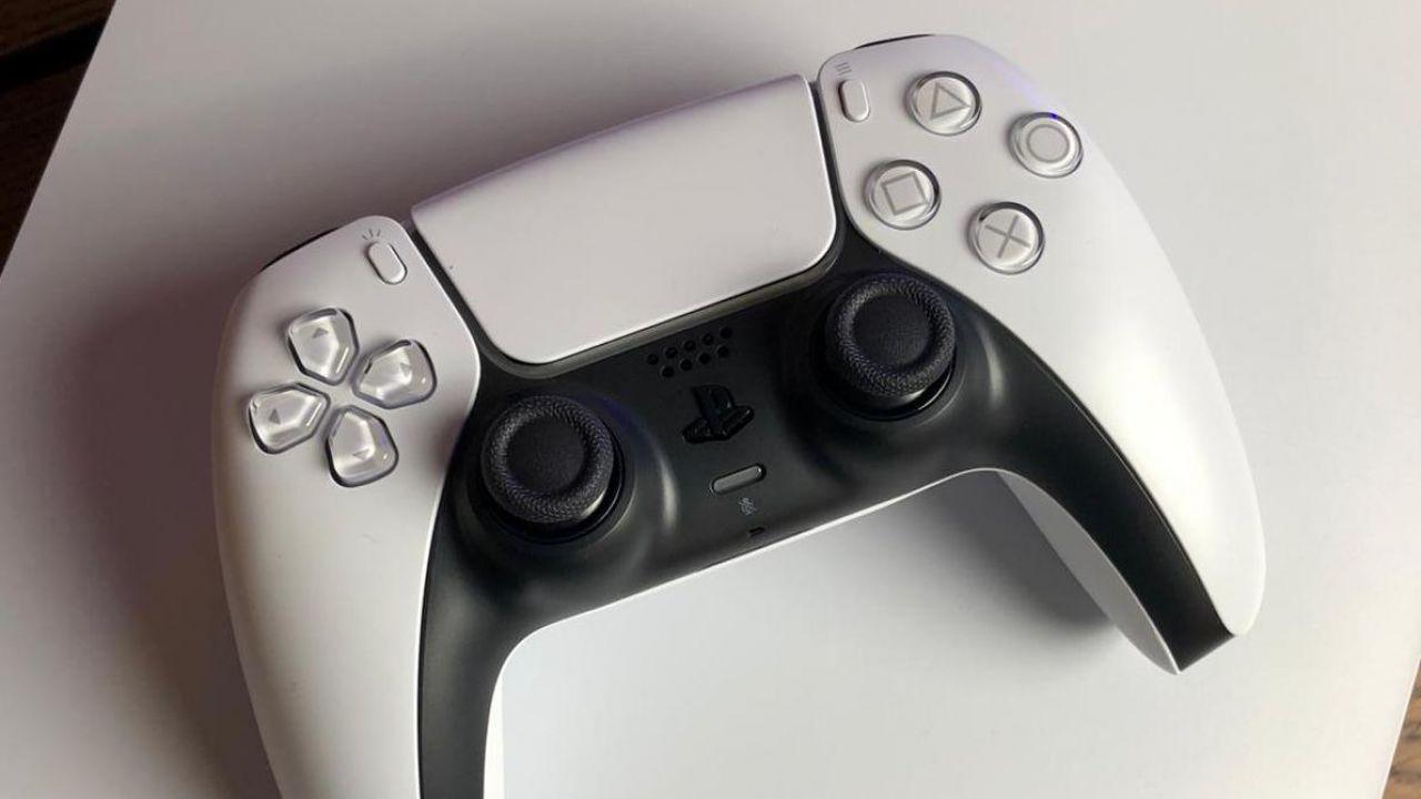 PS5 e DualSense, in arrivo il Back Button aggiuntivo? Avvistato un brevetto