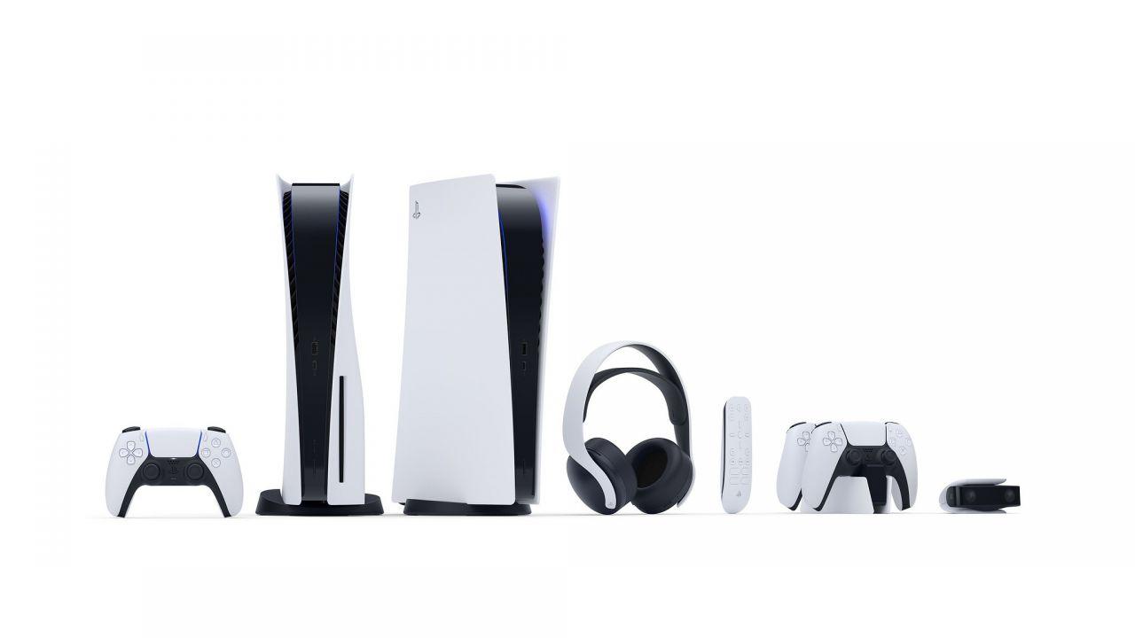 PS5: DualSense, Cuffie Pulse 3D e Telecamera HD in preordine su Amazon