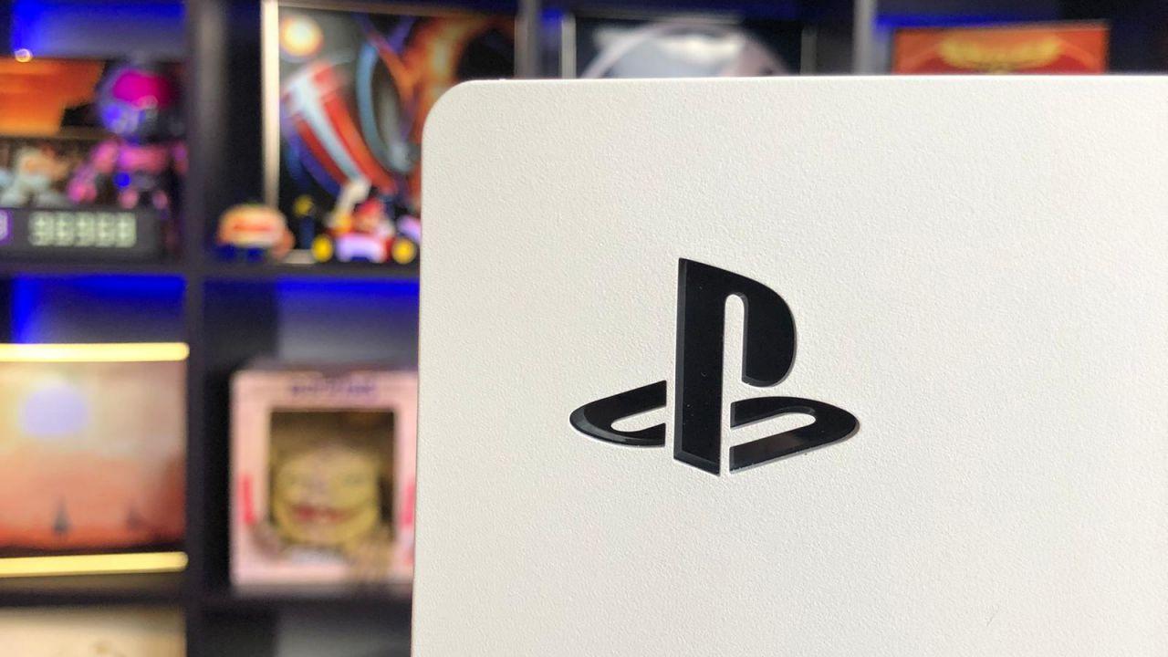 PS5, nuove scorte in arrivo in settimana per il Regno Unito: anche su Amazon