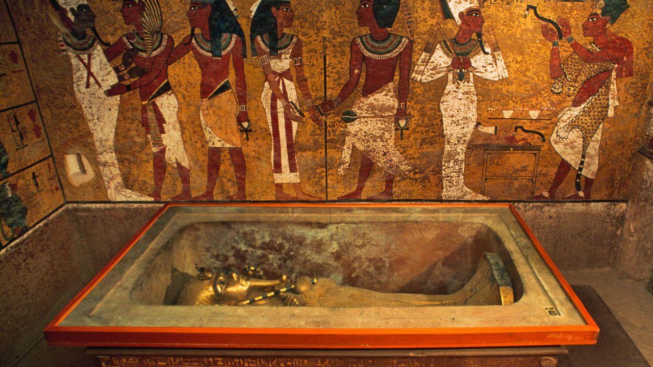Quanto altro tempo ancora potrà rimanere intatta la tomba di Tutankhamon?