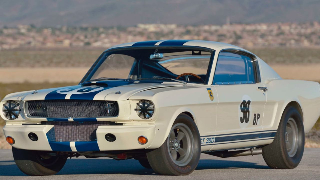 Questa Mustang Shelby GT 350R è stata guidata da Ken Miles e ora è in vendita
