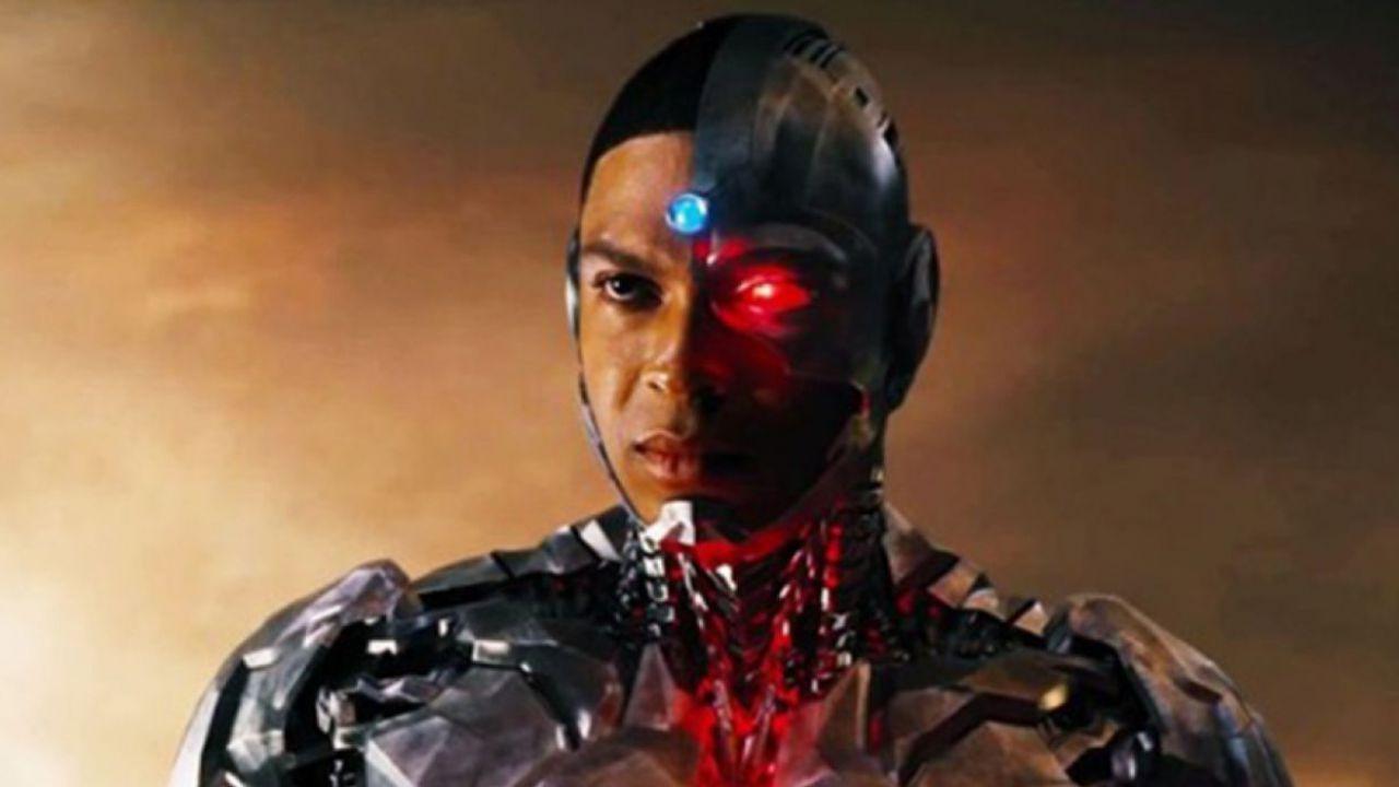 Ray Fisher, continua il braccio di ferro con Warner Bros.: 'Non ho mai lasciato Flash'
