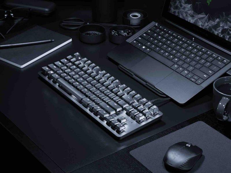 Razer presenta la nuova tastiera meccanica Blackwidow Lite