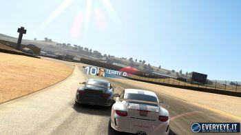 Real Racing 3 si aggiorna su iOS e Android