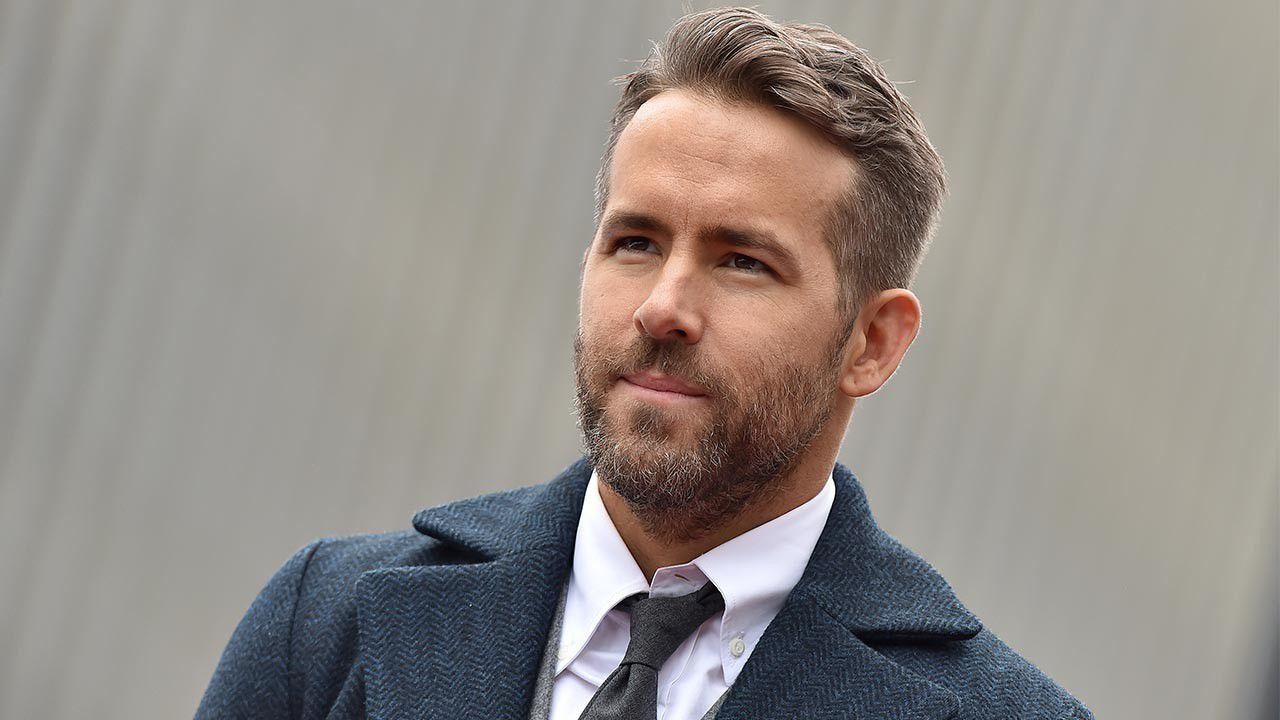 Red Notice, Ryan Reynolds fa il tampone su set di Netflix: la sua battuta è esilarante