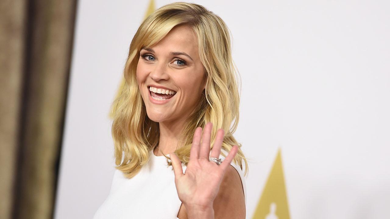 Reese Witherspoon vuole portare il romanzo In a Dark Wood sul grande schermo
