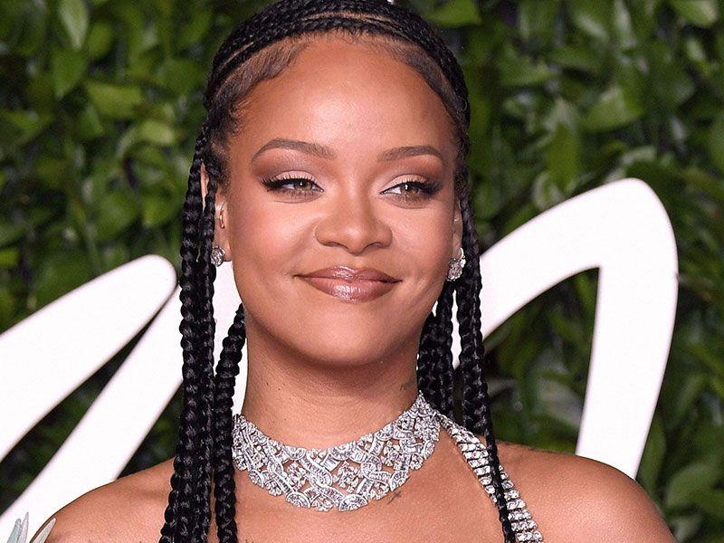 Rihanna, impressionante: la star di Battleship vale più della Regina Elisabetta!