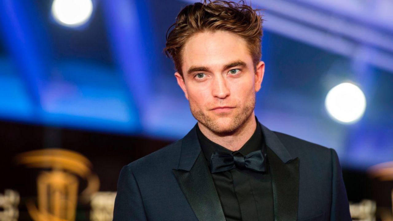 Robert Pattinson è un Cavaliere Oscuro sanguinante nella fan-art di The Batman