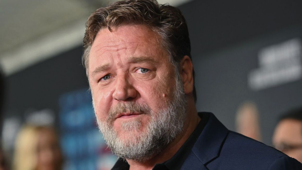 Russell Crowe, su Twitter italiano e parolacce con Edgar Wright in onore di Fellini