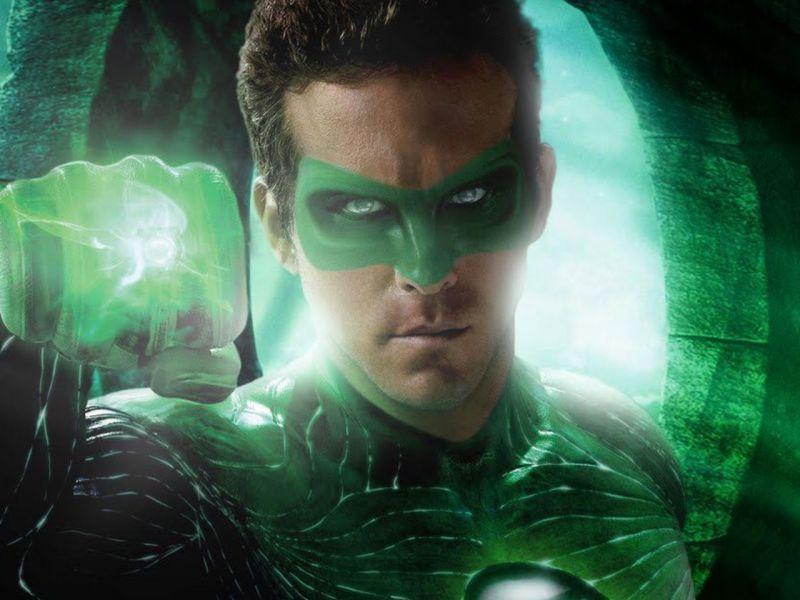 Ryan Reynolds: i tweet più divertenti durante la sua 'prima volta' con Lanterna Verde