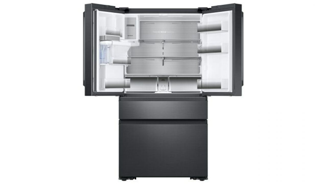samsung espande la famiglia dell 39 iot con il frigorifero family hub 2 0. Black Bedroom Furniture Sets. Home Design Ideas