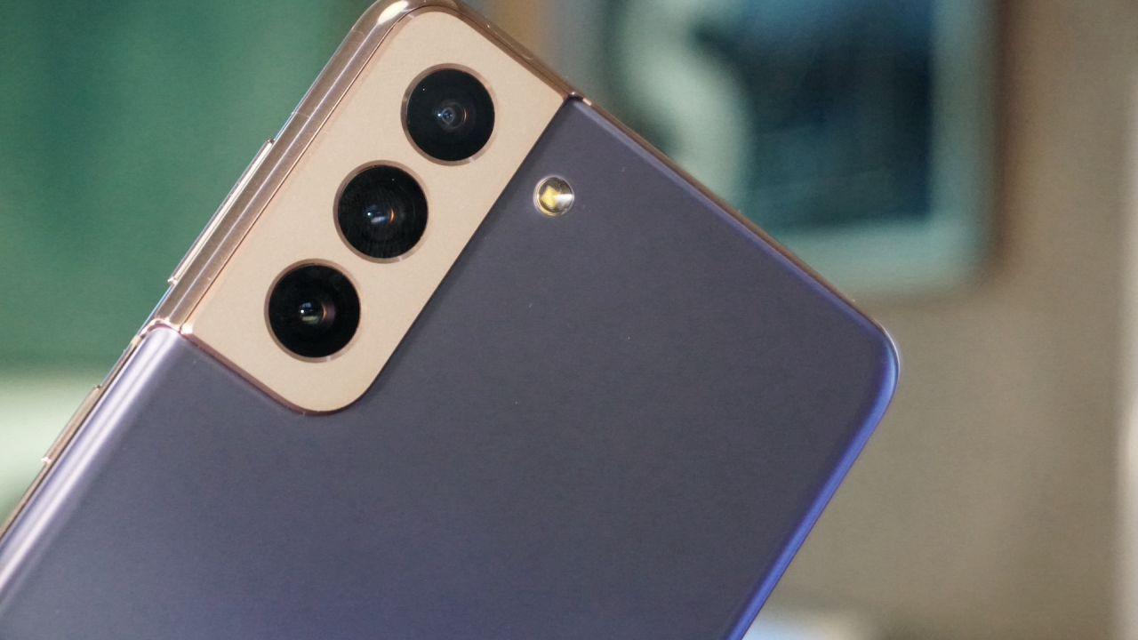 Samsung, ufficiale la linea Galaxy S21: ecco le specifiche dei tre modelli