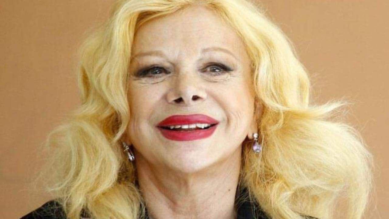 Sandra Milo posa nuda a 87 anni: ecco la foto per la rivista Flewid!